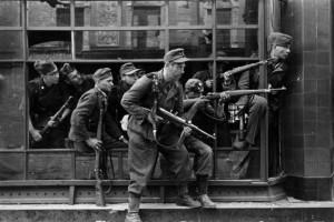 Warschauer Aufstand, Straßenkampf