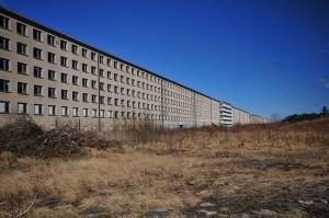 Il-complesso-turistico-nazista-sullisola-di-Rugen-11