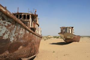 Lago-Aral-Navi